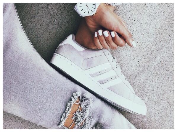 Sélection sneakers chez Monshoroom
