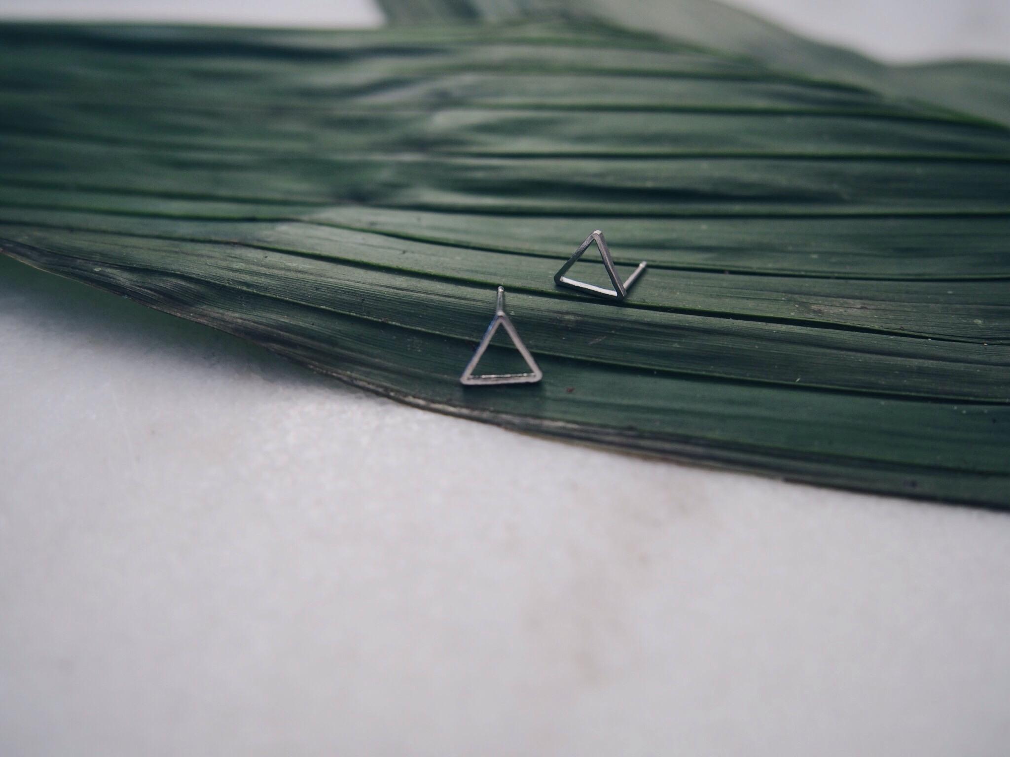 neejolie_boucles_oreilles_triangle_bijoux