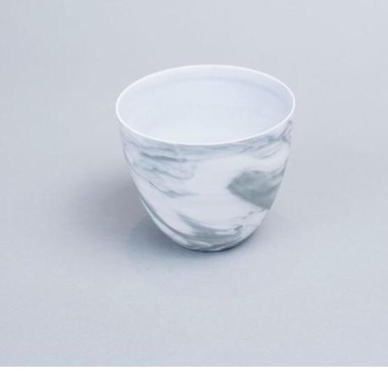 Gobelet en porcelaine