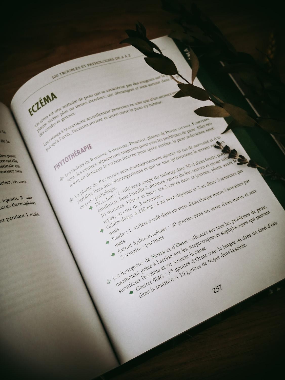 ma bible de l'herboristerie de Michel Pierre et Caroline Gayet